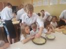 Wypieki kuchni francuskiej z przedszkolakami-8
